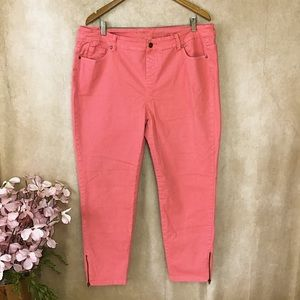 SOFT SURROUNDINGS PINK STRETCH CROP JEAN